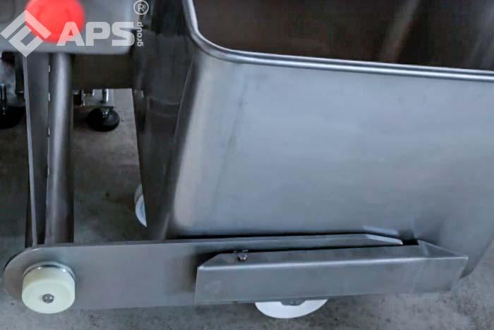 Мешалка-плавитель для сырных масс