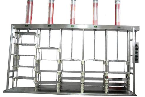 Пневматический вертикальный пресс для сыра