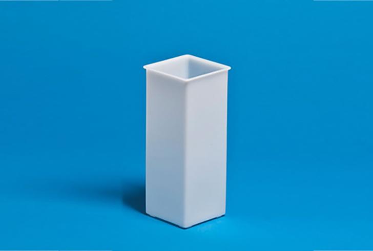 Форма для сыра P00691 размеры 8х8 см, В=22 , вес по сыру 1-1,4 кг.