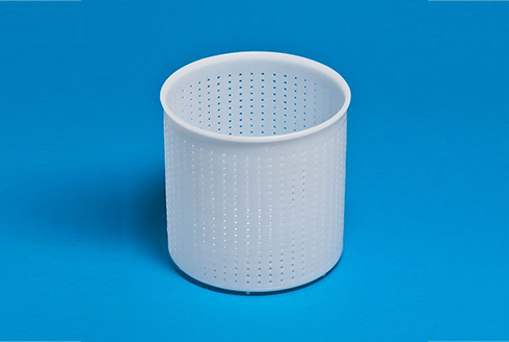 Форма для сыра P00602 с Дв=15,2 см, Дн=14,5 см, В=15 см, вес 1400 гр.