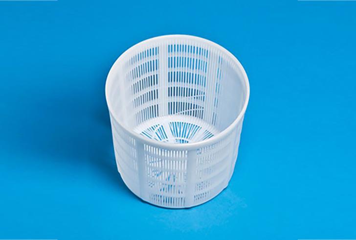 Форма для сыра P00609 с Дн=14, Дв=17, В=14 см, вес по сыру 1,5 кг.