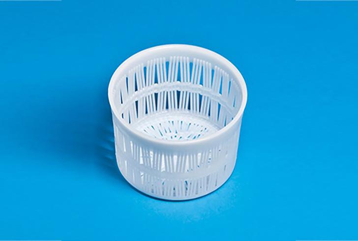 Форма для сыра P00717 с Дн=14, Дв=11, В=15,5 см, вес по сыру 1 кг.