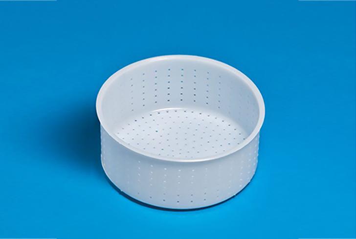 Форма для сыра P55320 с Дв=18 см, Дн=17,2 см, В=7,6 см, вес 1600 гр.