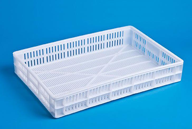 Перфорированный ящик для посолки, прессования и транспортировки сыров