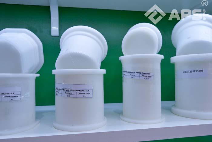 Вертикальный пресс для сыра ПС-10 с ручным управлением