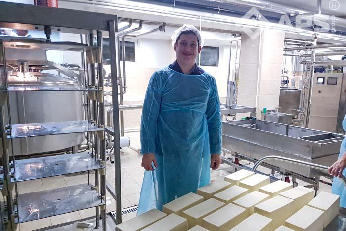 Вертикальный пресс для сыра ПС-10 с автоматическим пультом управления