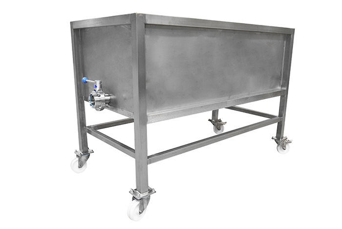Increasing the speed of filling cheese moulds