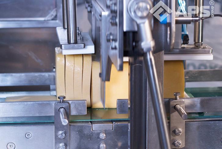 Нарезка бруска сыра на фиксированный вес